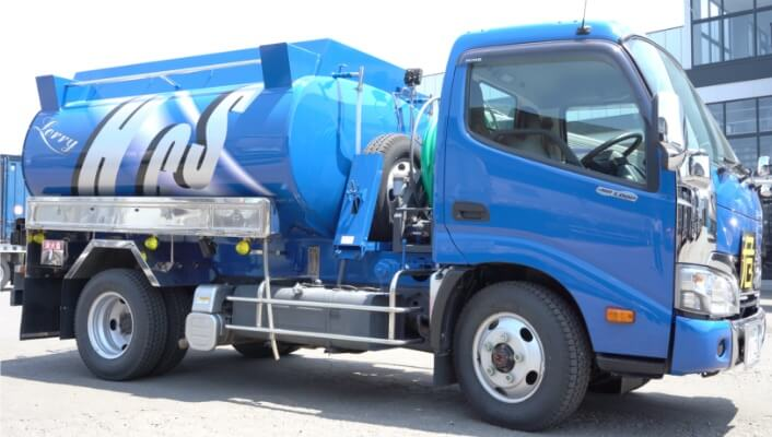 safety-truck-tankroly@2x
